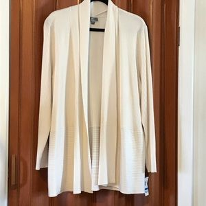 JM Collection open cardigan. Very soft. Size XL.